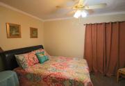 114 Bobwhite trail Guest room 1