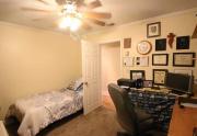 114 Bobwhite trail Office guest room