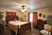 114 Bobwhite trail master bedroom