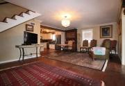 405 pecan living area