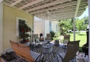 702 Austin patio