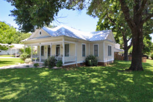 702 West Austin home sale Fredericksburg TX