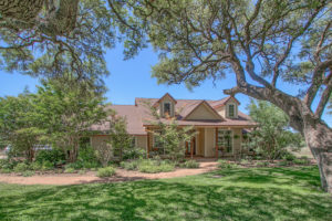 272 Schaper Road Home with acreage for sale Willow City TX