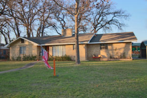 114 Bobwhite Trail 3 bedroom 2 bath home sale Fredericksburg TX
