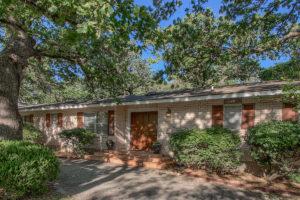 Homes for sale 112 Glenwood Drive, Fredericksburg TX