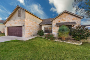 795 Engleman Oak Drive Fredericksburg TX Home for sale