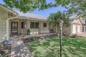 126 Frederick Road Fredericksburg TX Home for sale