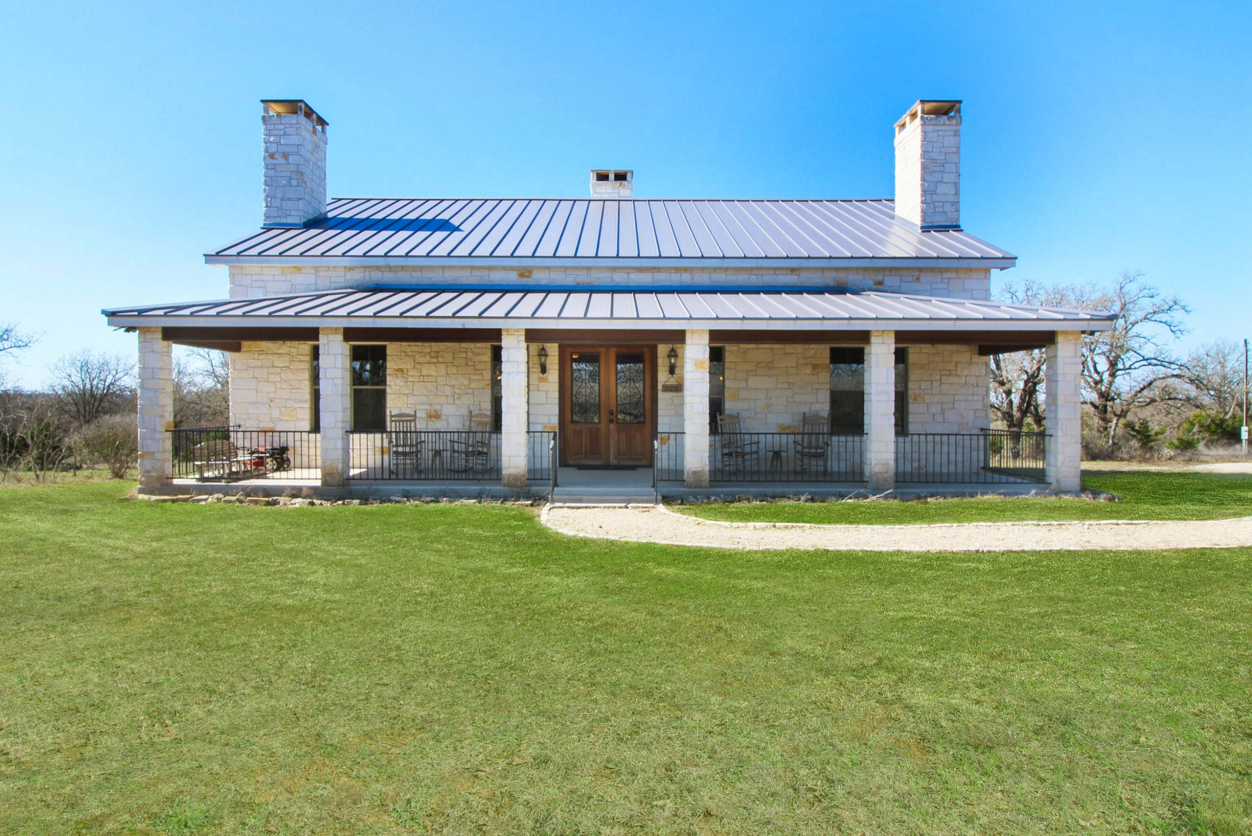 80 Saradon Rd Willow City TX Home for Sale