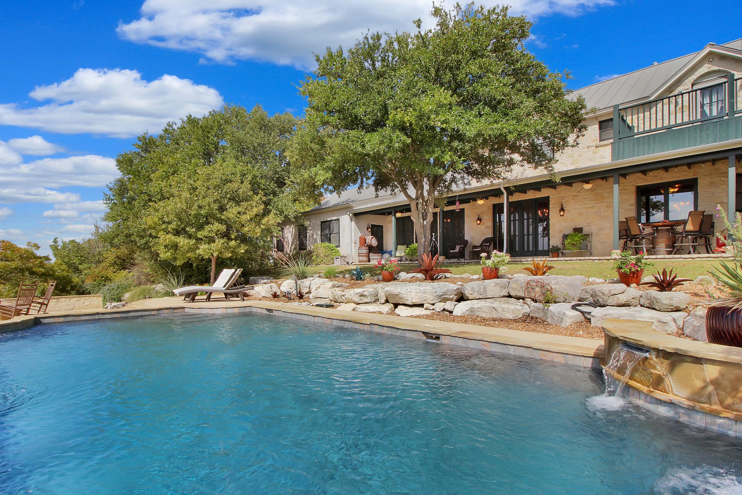 357 Yellowjacket Ln Fredericksburg TX Ranch for sale