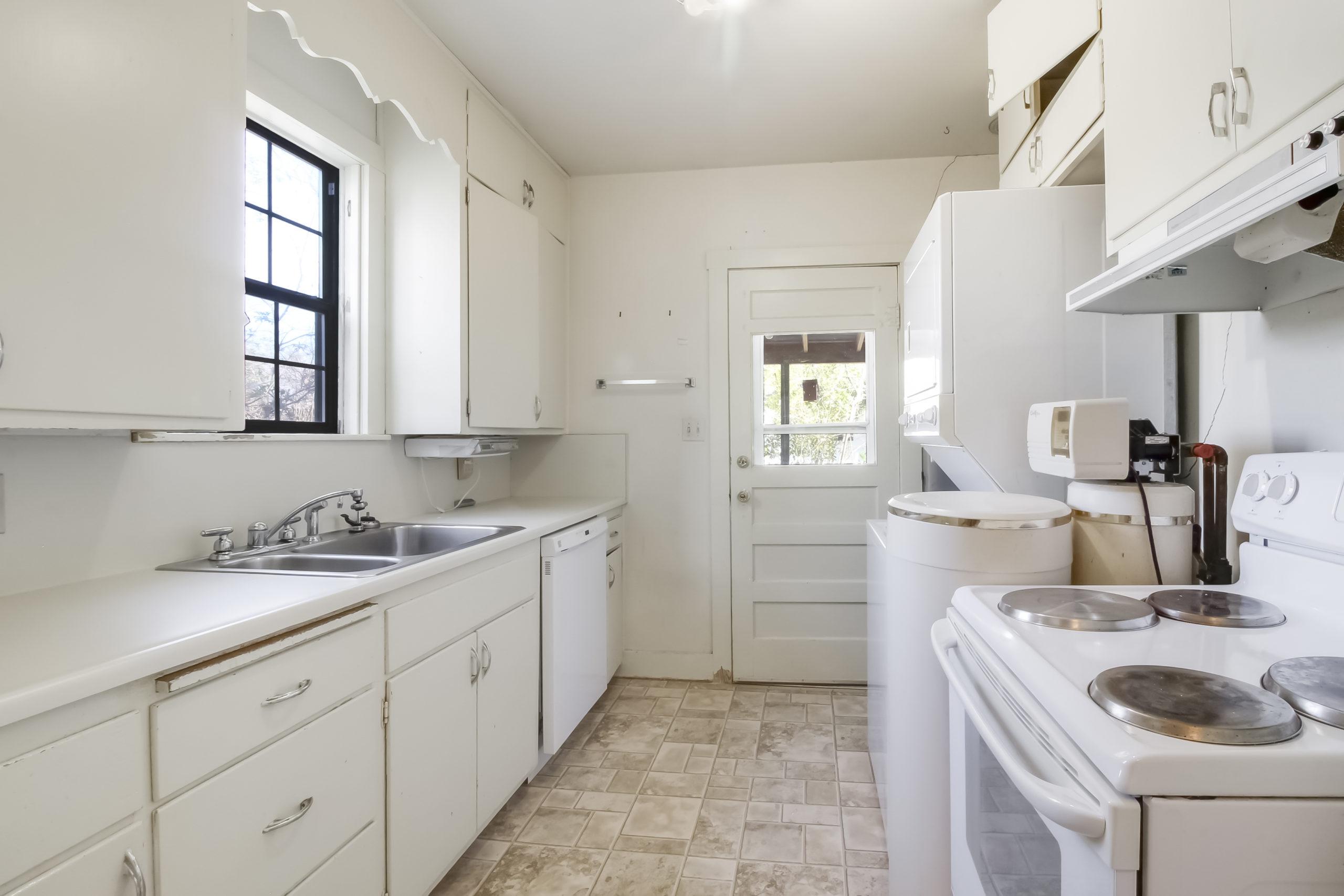 412 W Schubert Fredericksburg TX Home For Sale